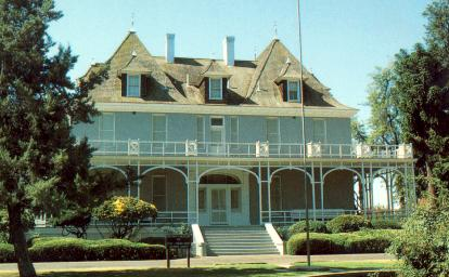Kearney Mansion