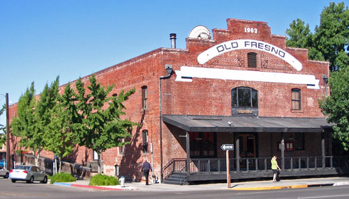 Warehouse Row Buildings (Fresno, California) on restaurants in fresno, events in fresno, condos in fresno, farms in fresno, apartments in fresno, homes in fresno, employment in fresno, cars in fresno, housing in fresno, hotels in fresno, schools in fresno,